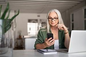 5 formas de mejorar tu atención telefónica a pacientes